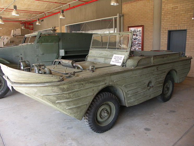 amphibious cars Seep