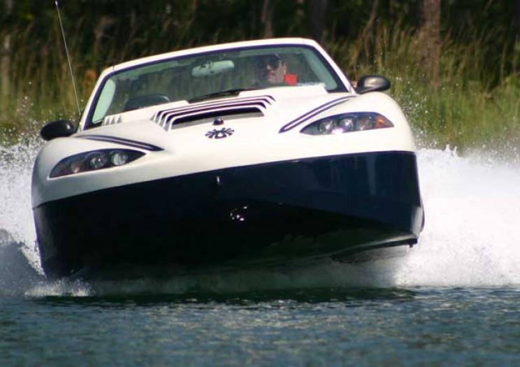 amphibious cars spyder