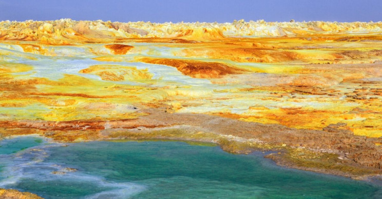 Building Blocks of Life on Earth Arrived Later Than We Thought — Much Later