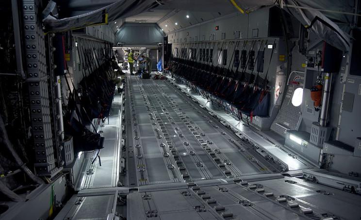 large vehicles empty A400M