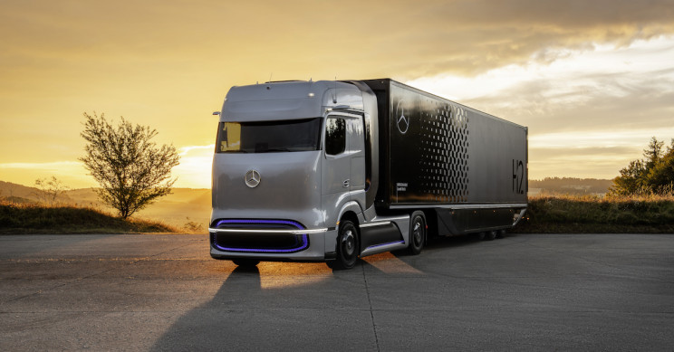 Mercedes-Benz Unveils Concept Hydrogen-Electric Trucks