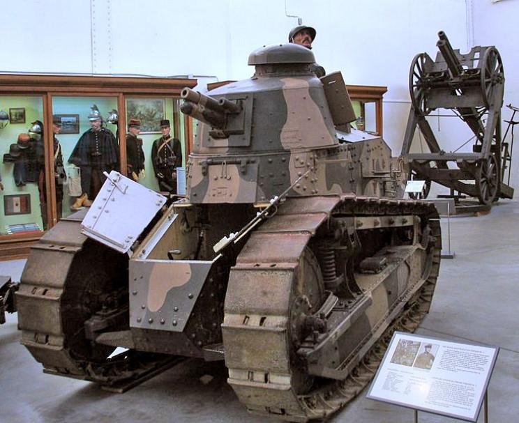 tanks of ww1 renault FT