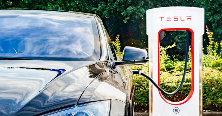 Tesla Sues Ex-Employee for Theft, Uploading Trade Secrets to iCloud