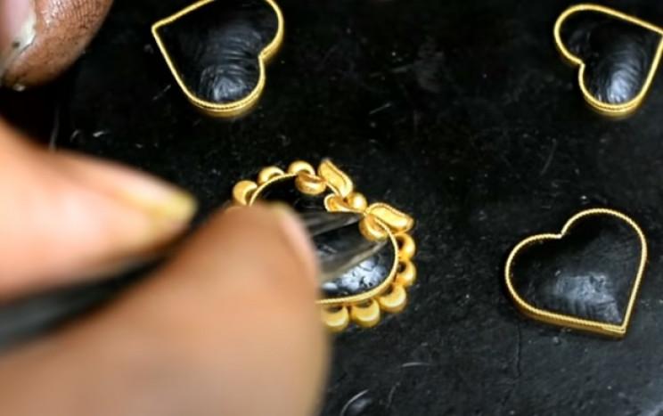 diy golden necklace center crescents