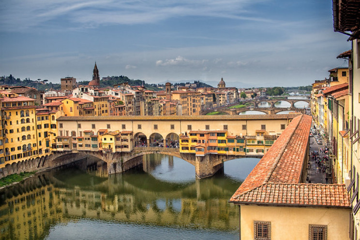 italy tourist attractions old bridge florence