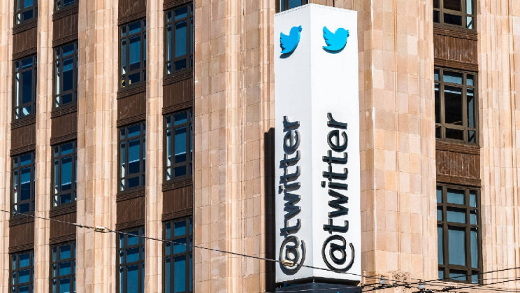 Twitter Likely in the Works for a Subscription-Based Service With 'Undo' Feature