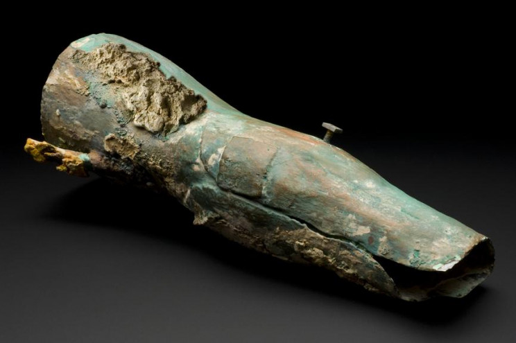 oldest prosthetic limbs capulla leg