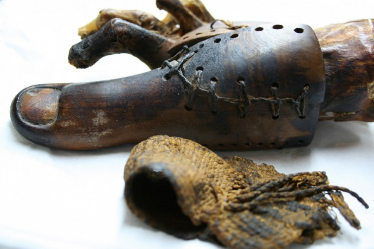 prosthetic in history egypt
