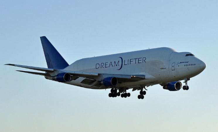 Dreamlifter cargo plane