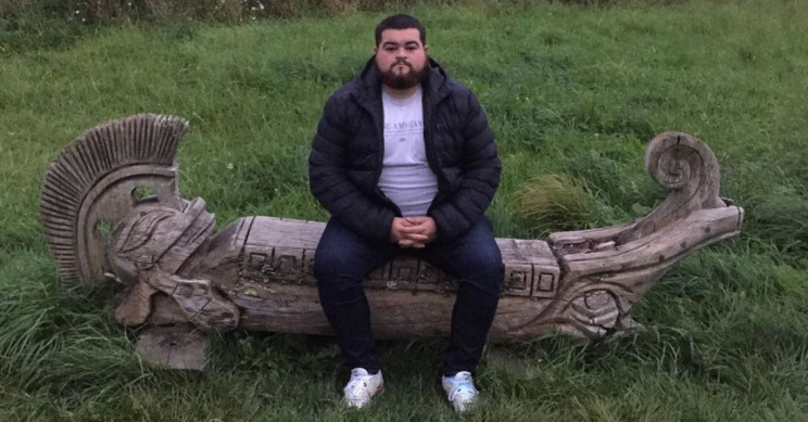 This Guy Rates Random Benches on Instagram