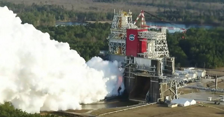 NASA Conducts Critical Engine Test for Artemis I Moon Mission