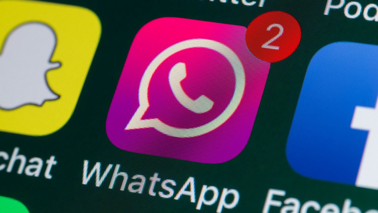 WhatsApp Pink Update Scam Fools Users Through Group Chat Link