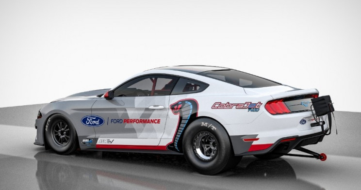Ford Unveils All-Electric Dragster Mustang Cobra Jet with 1,400 Horsepower