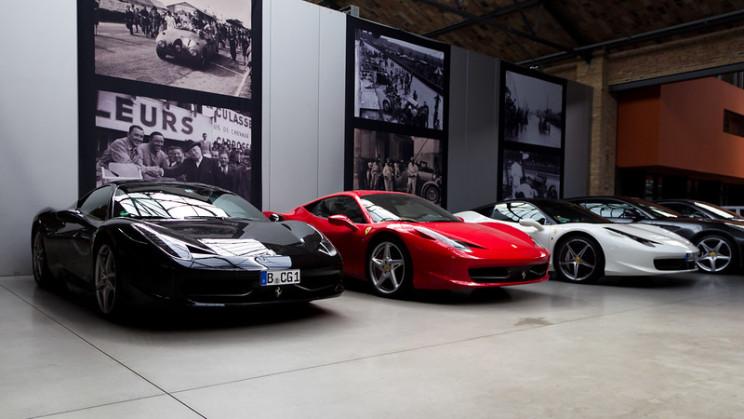 facts about Ferrari logo