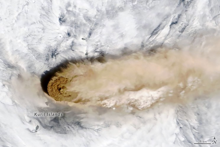 Spectacular Images of Raikoke Volcanic Eruption Taken from Space