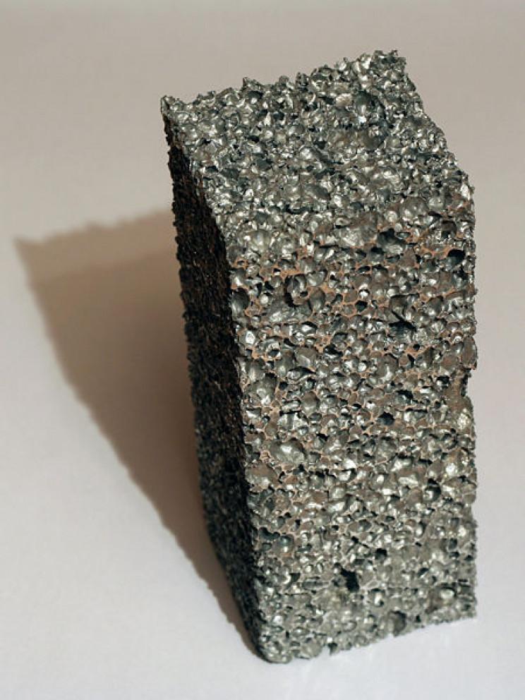 what is metal foam