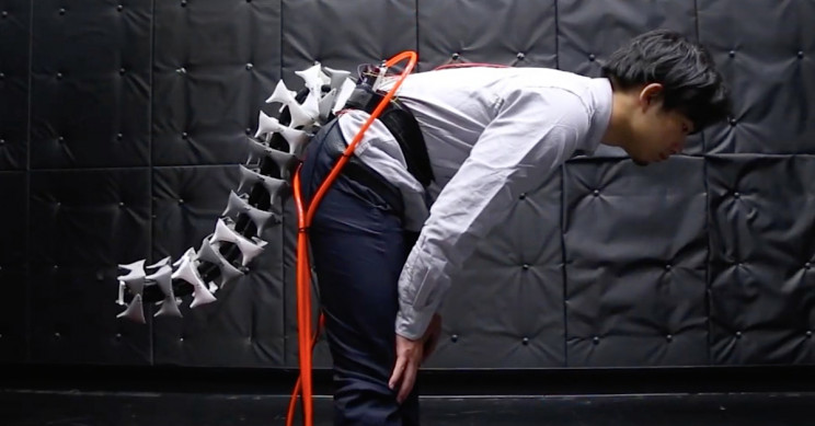 Scientists Build an Artificial Biomimicry-Inspired Tail Just for Humans
