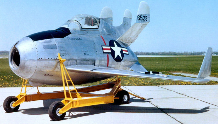 weird aircraft goblin