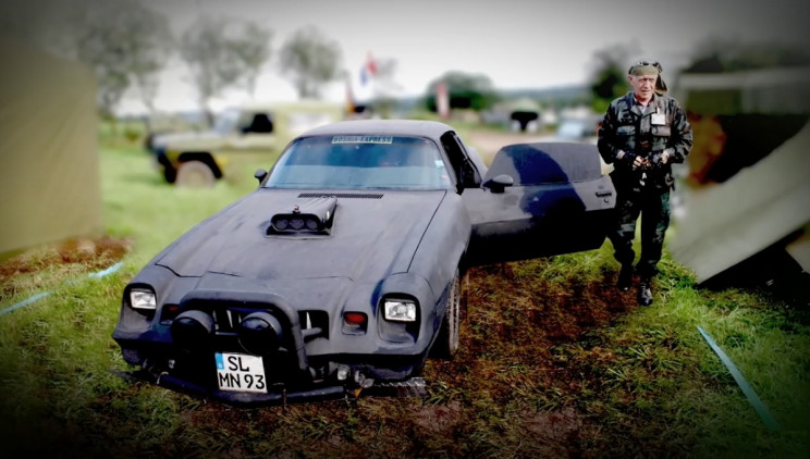 """The Story of the """"Ghost Car"""" That Delivered Aid to Bosnia during the Civil War"""