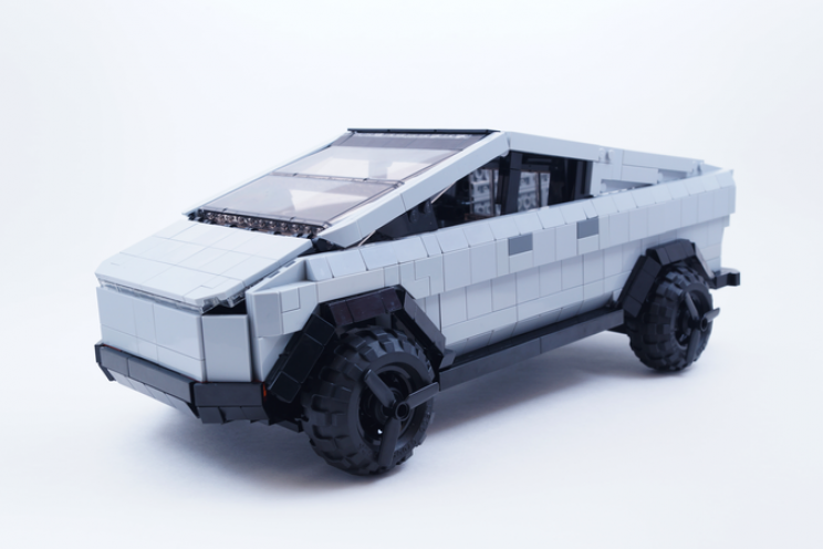Fan Makes Amateur Lego Cybertruck, Now It May Just Become a Real Set