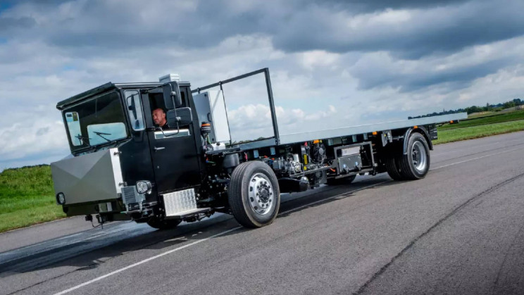 A 16-Ton All-Electric Commercial Truck Just Started Real-World Tests