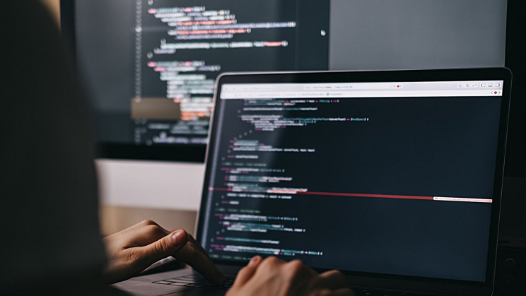 Top 10 Programming Languages for Engineers