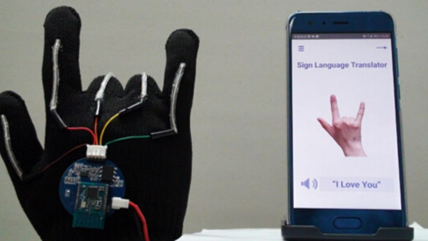 Low-Cost Tech Glove to Translate Sign Language in Real-Time