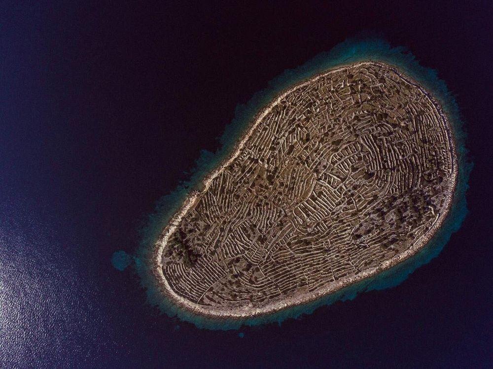 This Tiny Croatian Island Looks a Lot Like a Massive Fingerprint