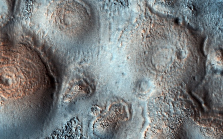 Possible Methane Producing Formations on Mars