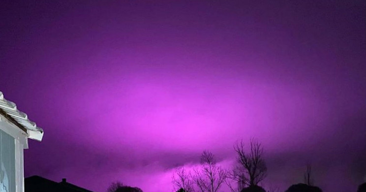 UV Lights From Massive Pot Farm Turns the Sky Purple in Arizona