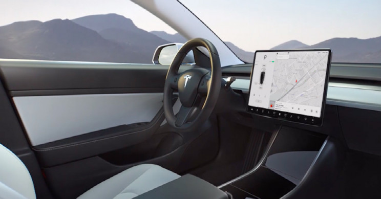 YouTube and Netflix Will Soon Be Coming To Tesla's Screens, says Elon Musk