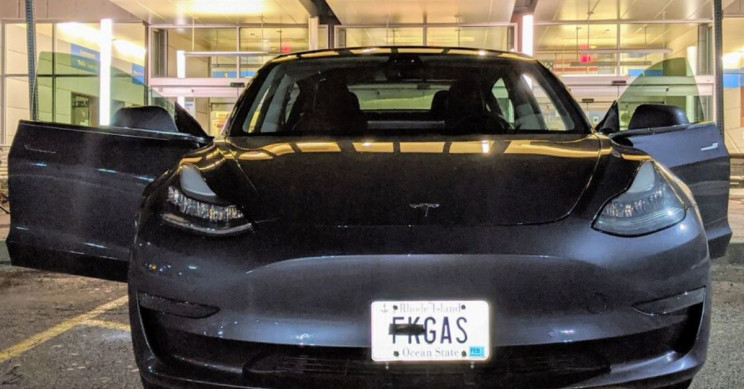Tesla Owner Challenges DMV's Attempt to Censor Vanity Plate