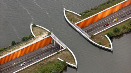The Veluwemeer Aqueduct: Netherland's Unique Water Bridge