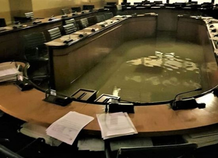 Regional Council of Venice Is Flooded, Seconds after Rejecting Climate Change Measures