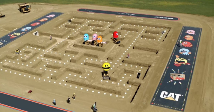 Watch Professional Drivers Play Pac-Man on Caterpillar Machinery