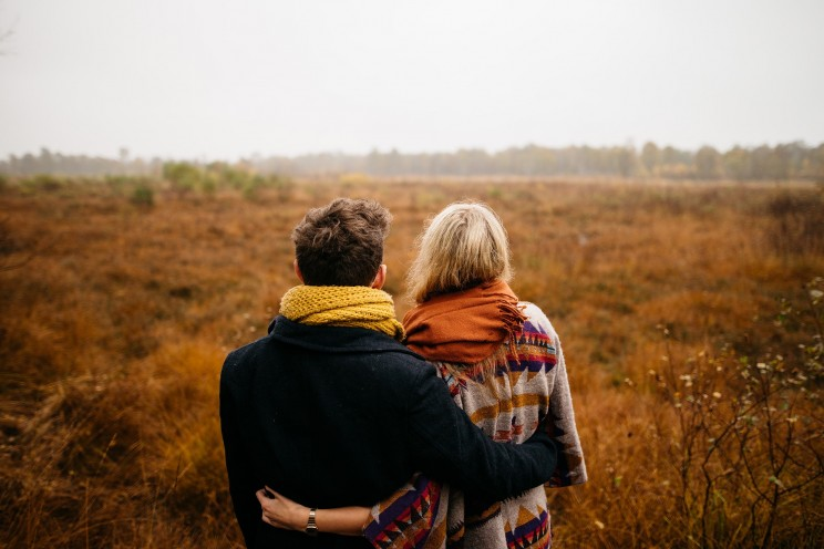 Pronouns as a Tool to Know Your Romantic Partner's Feelings