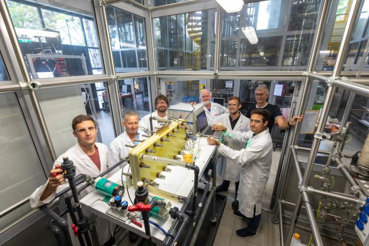 Researchers Develop Eco-Friendly Liquid Battery Running on Vanillin
