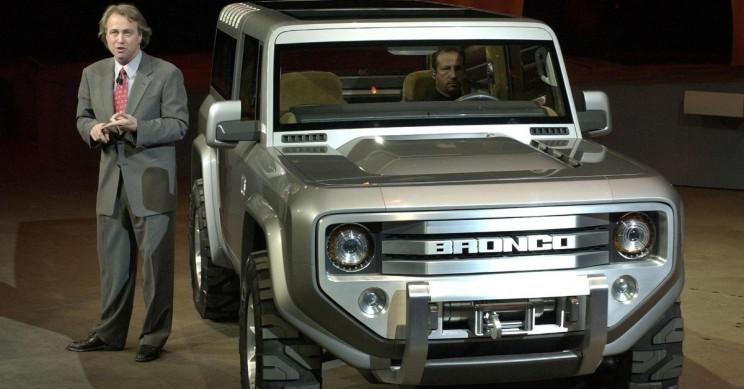2004 Ford Bronco concept car neg CN336541-001