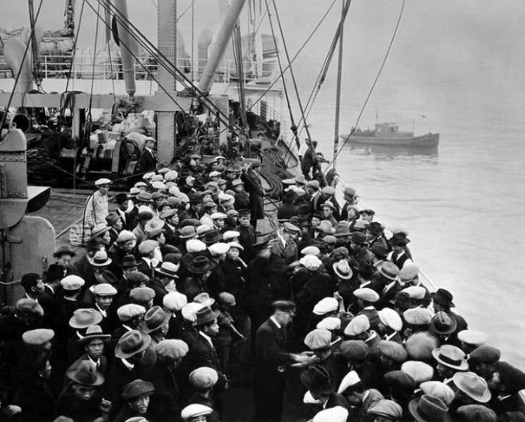 Immigrants embarking at Ellis Island