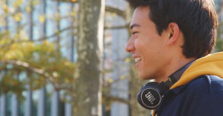 JBL to Release Solar-Powered Headphones