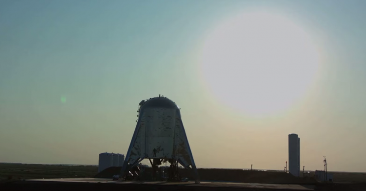 SpaceX's Starship Prototype Briefly Hovers During Flight Test, Higher Tests to Come