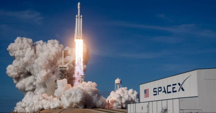 SpaceX Sues US Government, Asks Court for Details to Remain Secret