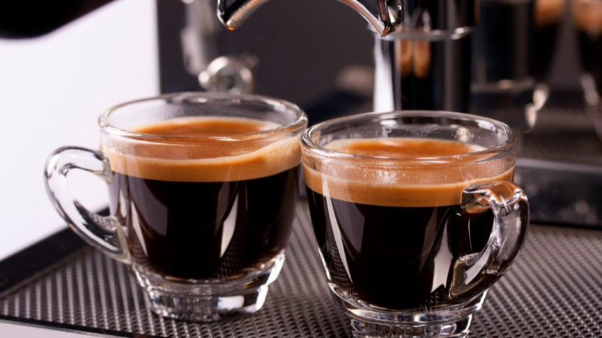 Fewer Coffee Beans Ground Coarsely Brews the Best Espresso, New ...