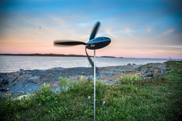 This Foldable Turbine Puts Wind Power in Your Backpack