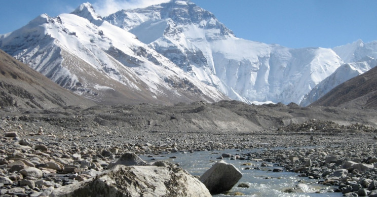 Plant Life Around Mount Everest Expanding Thanks to Climate Change