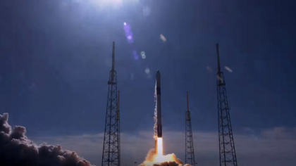 SpaceX Sends 5,700 Pounds of Supplies to Space on its Dragon Rocket