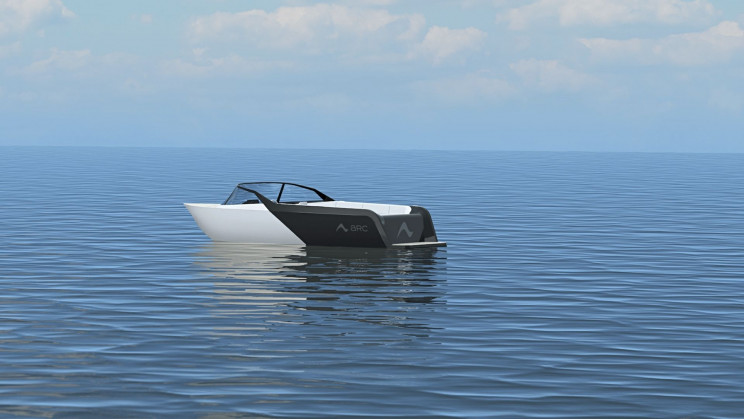 Ex-SpaceX Engineers Aim to Build the Tesla of Electric Boats