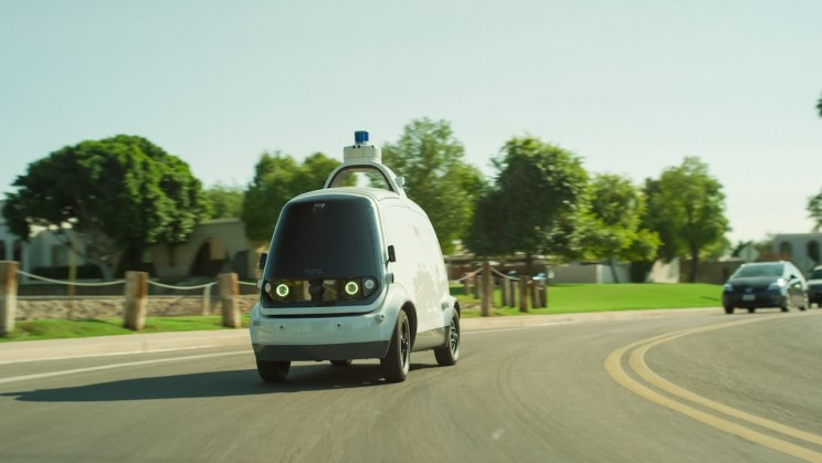 A Pizza Delivering Robot Is on Its Way
