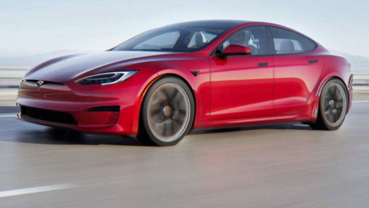 Tesla's Model S Plaid Just Broke the Speed Record for an Unmodified EV