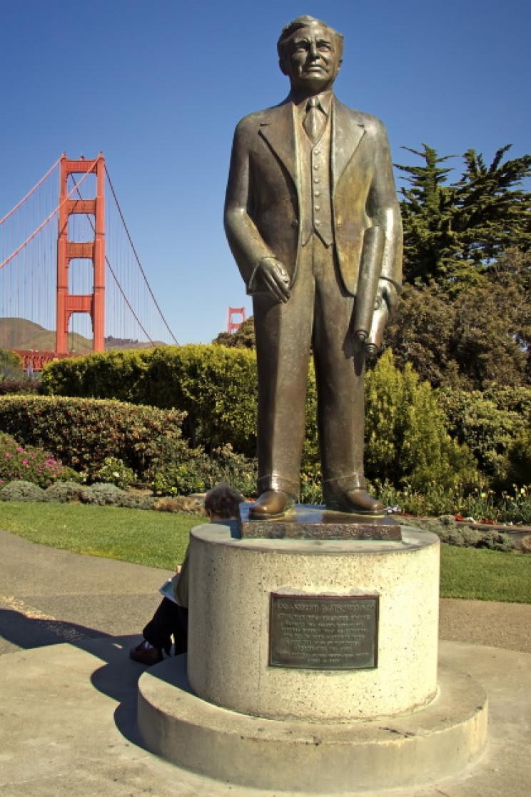 Joseph Strauss statue